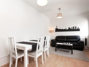 Comfortable apartment near the Park Güell with ter
