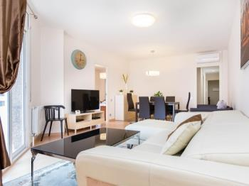 Comfy apartment in the centre of Barcelona with ba